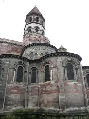 Chevet de la Basilique Saint Julien de Brioude (43)