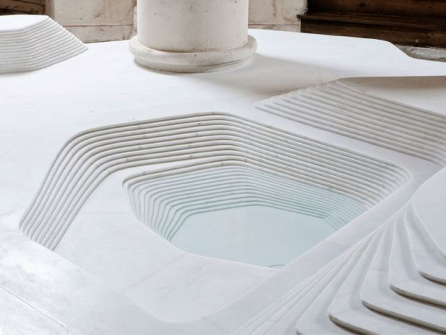 Fond baptismal, Saint Hilaire de Melle, aménagement liturgique par Mathieu Lehanneur