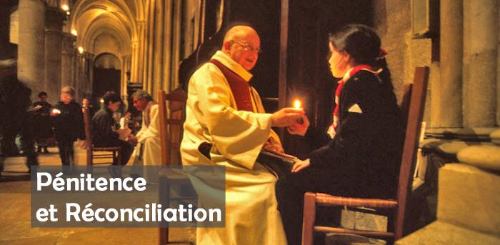 DIJON (COTE D'OR) : VEILLEE DE PRIERE ET DE RECONCILIATION POUR LES JEUNES DANS LA CATHEDRALE SAINTE BENIGNE - CONFESSIONS
