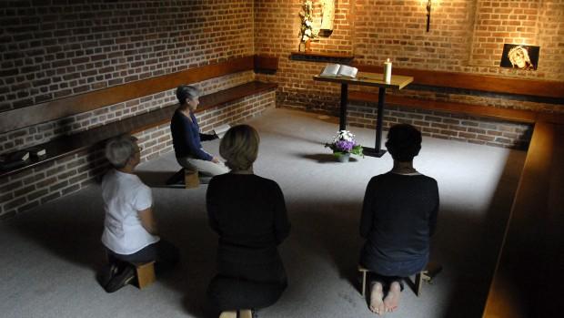 Soir v pres liturgie catholique - Aelf liturgie des heures office des laudes ...