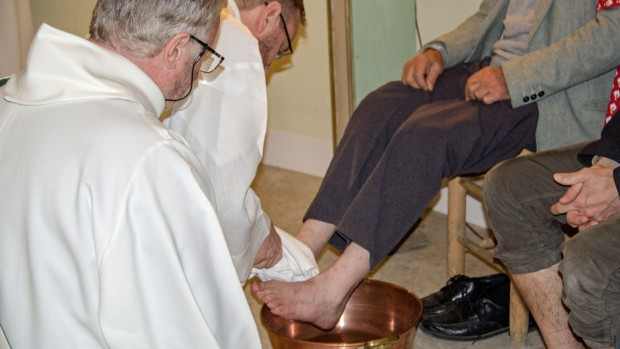 Jeudi saint le lavement des pieds