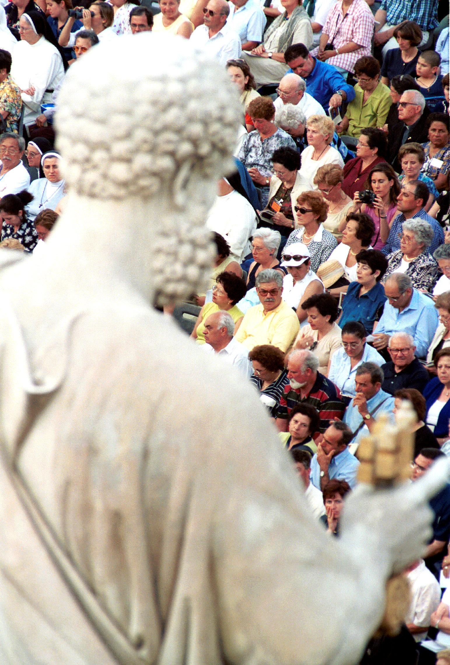 ROME : REMISE DU PALLIUM AUX ARCHEVEQUES NOMMES AU COURS DE L'ANNEE, A L'OCCASION DE LA FETE DES SAINTS PIERRE ET PAUL - PRESENCE DES ORTHODOXES, DELEGATION OECUMENIQUE DU PATRIARCAT DE CONSTANTINOPLE .