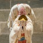 12 avril 2015 : Ordination épiscopale de Mgr Luc CREPY en la cathédrale Notre Dame de l'Annonciation. Imposition des mains par  Mgr Hippolyte SIMON, arch. de Clermont. Le Puy-en-Velay (43), France.