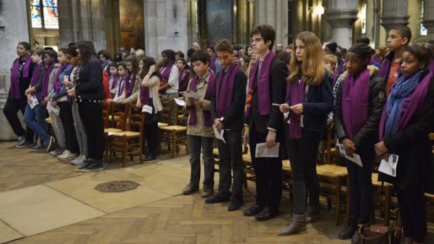 15 mars 2014 : Célébration de l'appel décisif des catéchumènes adolescents, égl.Saint Séverin. Paris (75), France.  March 15, 2014 : Catechumens' call to continuing conversion. Paris (75), France.