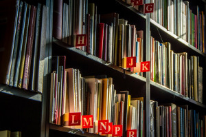 books-1204273_1280