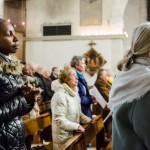 8 décembre 2016 : L'assemblée lors de la messe de l'Immaculée Conception, célébrée en l'église Notre Dame de l'Assomption à Montesson (78), France.