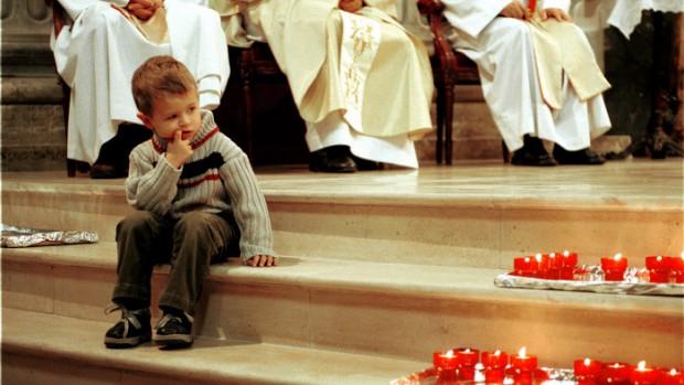 Paris (1er arrt) - Eglise Notre Dame de l'Assomption : messe de la Toussaint célébrée par le père Waclaw Szubert, responsable de la Communauté catholique polonaise de Paris