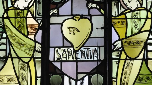 """Mai 2010 : """"Sagesse"""", un des sept dons du Saint Esprit, Vitrail de la chap. de la Providence, Rouen (76), France.  May 2010: Stainglass, La Providence, Rouen, France."""
