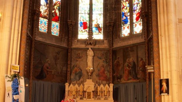 Église Notre-Dame-de-Bon-Secours de Neuvizy (Ardennes, France).