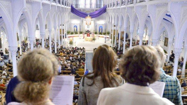 9 avril 2017 : Célébration de la messe des Rameaux. Eglise Saint Honoré d'Eylau. Paris (75), France.