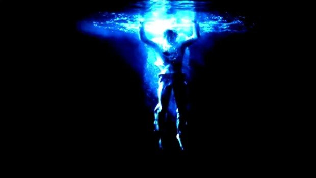Ascension, Bill Viola, Capture d'écran d'une vidéo, 10 mn, 2000