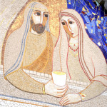 « Les noces de cana »  (détail), mosaïque de Marko Ivan Rupnick (2007) appartenant à la série des « mystères lumineux », portail de la basilique Notre-Dame du Rosaire, Lourdes (65), France.