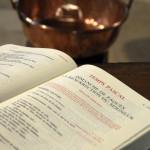 Évangéliaire ouvert un Dimanche de Pâques.