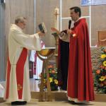 23 mai 2015 : Vigile de Pentecôte présidée par P. Hugues de Woillemont, vicaire général. Egl. de l'Immaculée Conception. Boulogne-Billancourt (92) France.