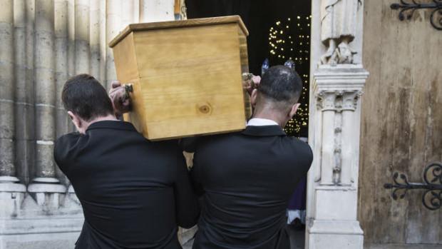 14 mars 2018 : Funérailles d'une religieuse de la communauté Salésienne de Marie Immaculée. Egl. Saint Jean Baptiste de Belleville. Paris (75), France.