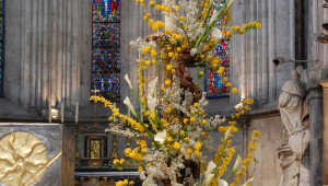 C 395-p 14-Chaylard-fleurir paques 2
