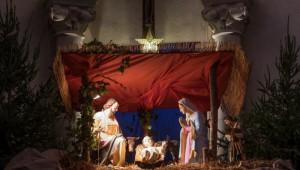 Décembre 2015 : Crèche de Noël dans une église. Saint Malo (35) France.