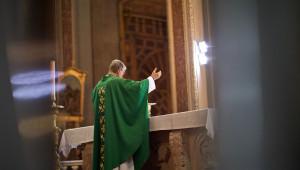 Célébration eucharistique en la Cathédrale de Morelia, Centre Historique, Morelia, Mexique.