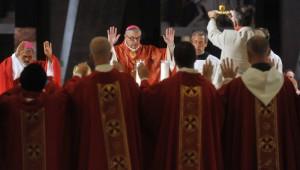 13 Août 2013 : Messe de l'onction des malades présidée par Mgr Jean-Luc BRUNIN, év. du Havre, lors du140ème Pèlerinage National. Basilique St Pie X. Lourdes (64), France.  August 13th, 2013 : National Pilgrimage in Lourdes (64) France.