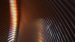 """21 avril 2015 : Installation de la croix. Travaux de déploiement de la cathédrale Notre-Dame de Créteil, dans le cadre des """"Chantiers du Cardinal"""". Créteil (94), France.  April 21, 2015: Works of deployment of Notre-Dame de Créteil Cathedral. Créteil (94), France."""