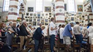 8 Juin 2014 : Messe Solennelle de Pentecôte à Notre-Dame de la Garde, à l'occasion du 150ème anniversaire de la consécration de la basilique, à Marseille (13), France.  June 8, 2014: Solemn Mass of Pentecost at Notre Dame de la Garde for the 150th anniversary of the consecration of the baslique in Marseille (13), France.
