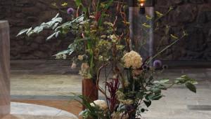 « La floraison » symboliquement trinitaire comme les vases.